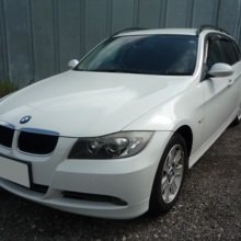 BMW 320 iツーリング
