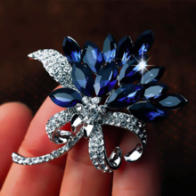Austrian crystal fashion ladies temperament elegant blue flower brooch women suit sweater coat pin