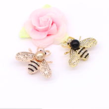 Bee brooch pearl with diamond pin buckle fashion ladies accessories brooch